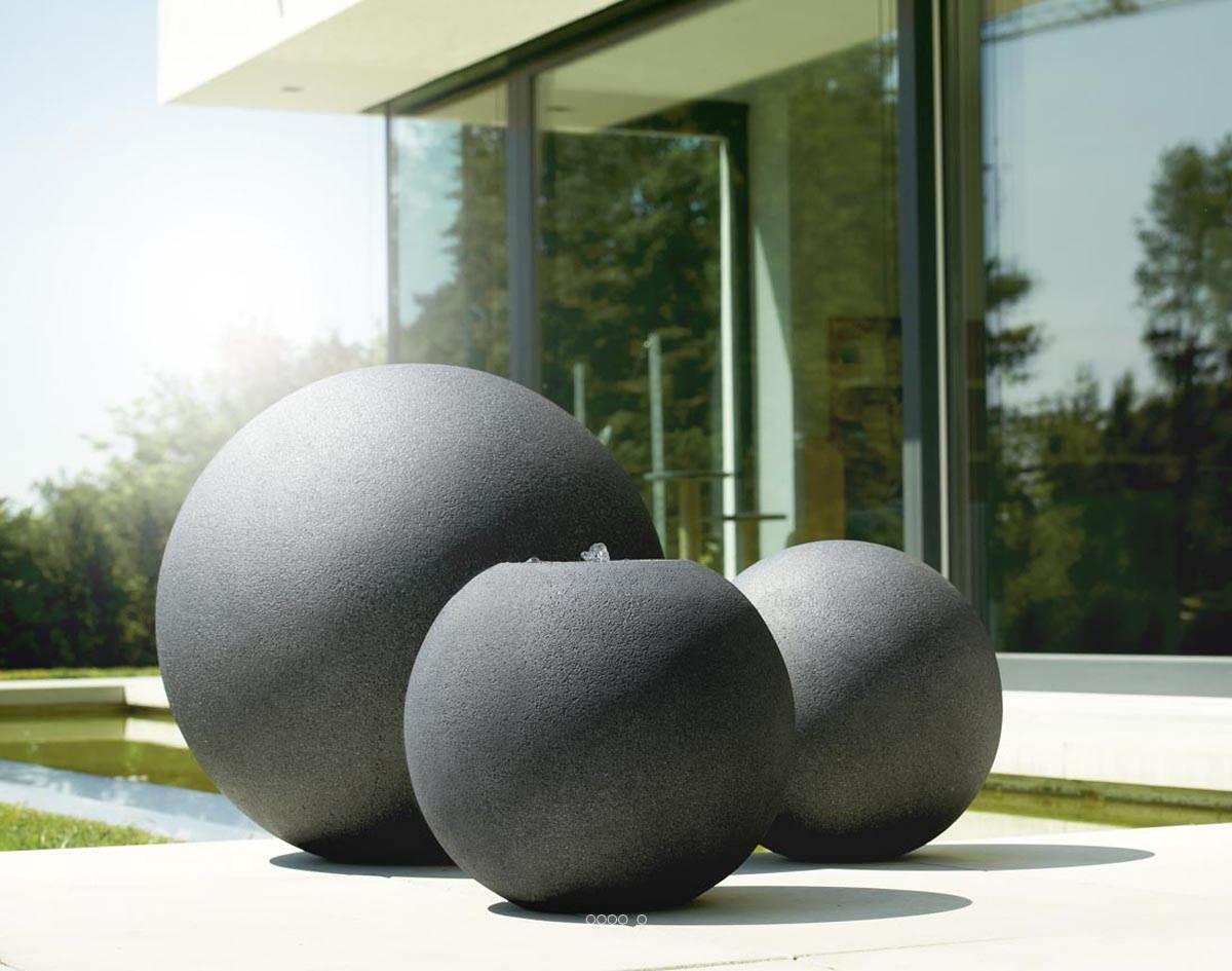 De Haute Qualite ... Boule Décorative Fibre De Verre Et Composite Stone Exterieur D 40 XH  39cm Noir